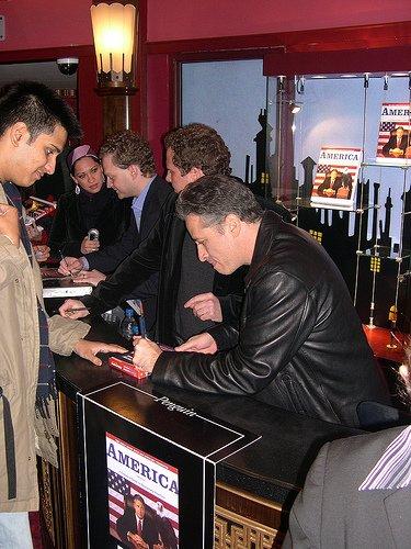 jon-stewart-signing-autographs