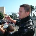 Channing Tatum signing autographs
