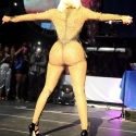 nicki-minaj-hip-hop-butt-2