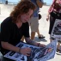 shaun-white-signing-autographs