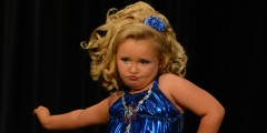 Honey Boo Boo dancing in a pageant